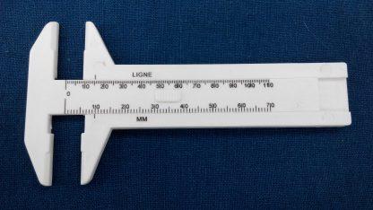 Mini button caliper for size measurement