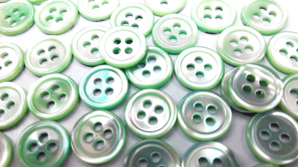 dyed green pearl shirt buttons